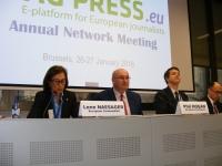 """Balanța comercială a UE pe zona agroalimentară, pozitivă. Doar vinul și spirtoasele nu s-au bucurat de majorări. """"Nu beți îndeajuns"""", Phil Hogan"""